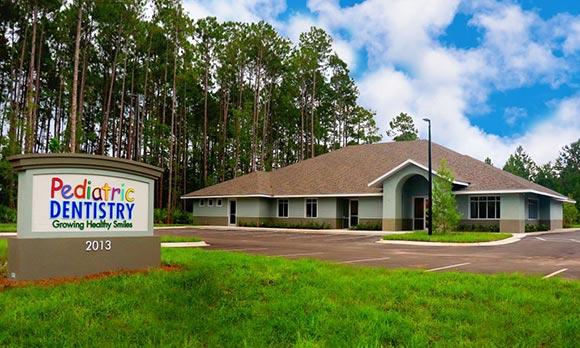 kids dentist office in Fleming Island FL